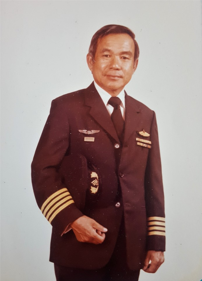 At my retirement from SIA, after more than 37 years as a pilot, 1980