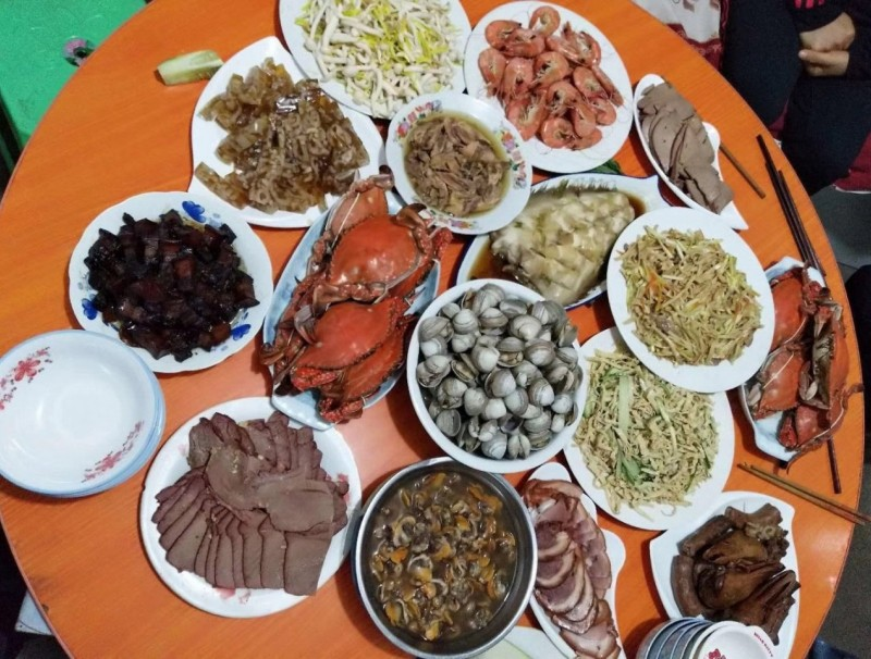 My family reunion dinner at Fengnan, Tangshan, Hebei Province. (Photo: Wei Shuang)