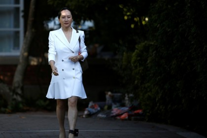Huawei Technologies Chief Financial Officer Meng Wanzhou leaves her home to appear in British Columbia supreme court for a hearing, in Vancouver, British Columbia, Canada, September 30, 2019. An ankle bracelet is also seen as she leaves for her court hearing. (REUTERS/Lindsey Wasson)